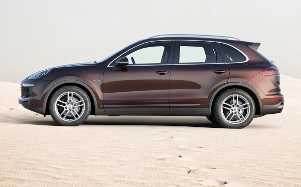 Porsche Cayenne Diesel Automatic for rent