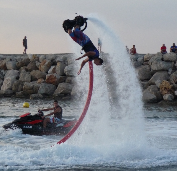Flyboard -like a dolphin under the sea and fly like IronMan