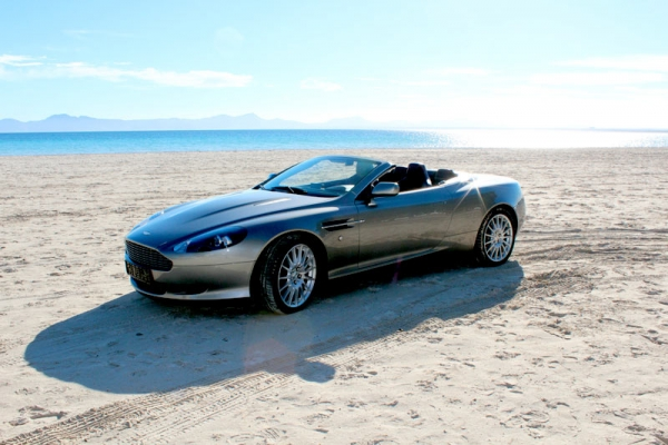 Aston Martin DB9 convertible for 4 people