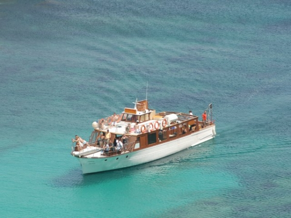 Excursion boats for events and celebrations