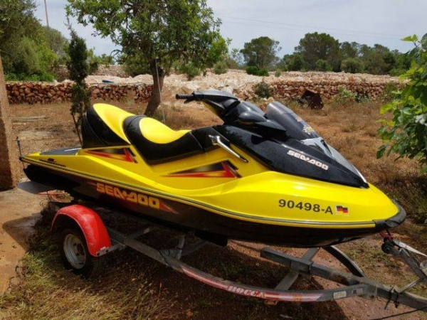 Jet Sea Doo GTX 4 Teck Supercharged